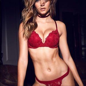 Victoria's Secret Intimates & Sleepwear - VS push up bra ❣️